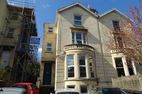 Studio to rent - Cotham Brow, Cotham
