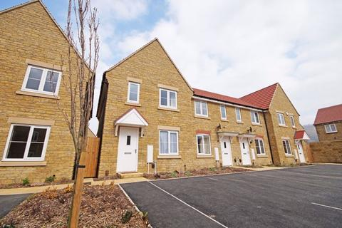 3 bedroom house to rent - Bishops Cleeve GL52 8HN
