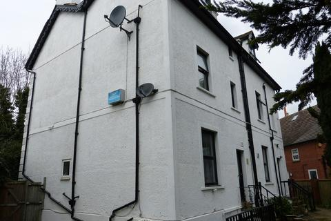 1 bedroom flat to rent - Ashley Road, Epsom
