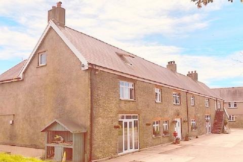 6 bedroom farm house for sale - Cimla, Port Talbot, Neath Port Talbot. SA12 9SL