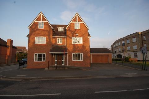 6 bedroom detached house to rent - Rumbush Lane, Dickens Heath, Solihull, West Midlands, B90