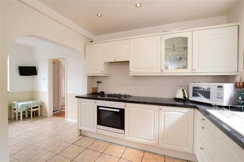 3 bedroom semi-detached house for sale - Carden Avenue, Patcham, Brighton, East Sussex