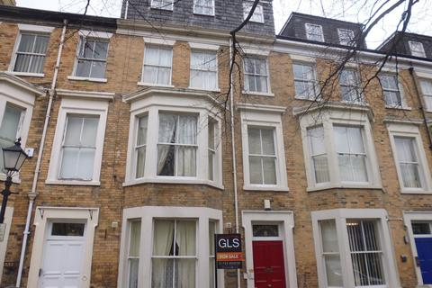 6 bedroom terraced house for sale - Alma Square, Scarborough, YO11