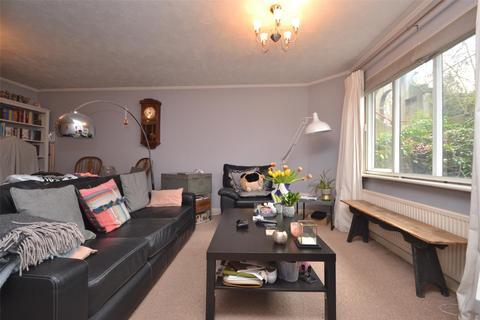 2 bedroom flat to rent - Henrietta Court, Bath, BA2