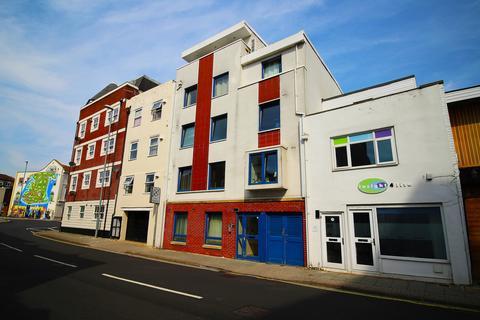 2 bedroom ground floor flat to rent - Clarendon Road