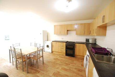 6 bedroom flat to rent - St Marks Church Hall, Ashgate Road
