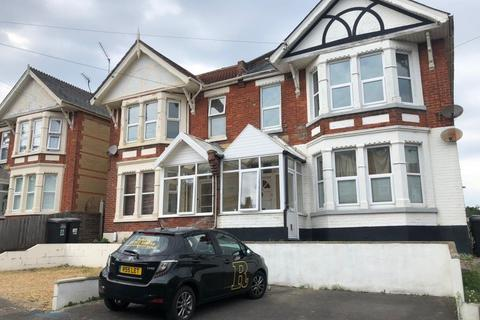 3 bedroom flat to rent - STUDENT THREE DOUBLE BEDROOM, SOUTHBOURNE