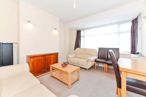 4 bedroom end of terrace house to rent - Cleveley Crescent, Ealing, W5