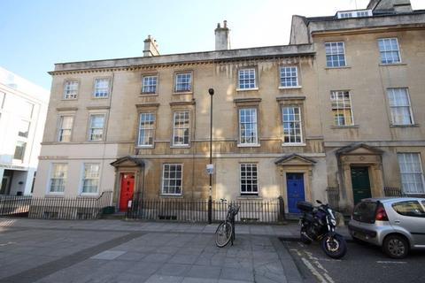 8 bedroom house to rent - New King Street