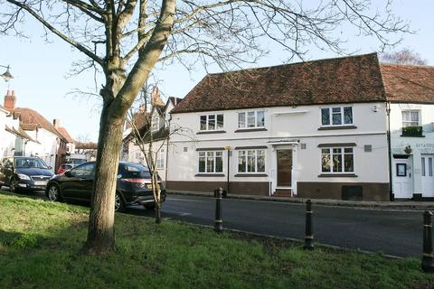 Studio to rent - Rickfords Hill, Aylesbury