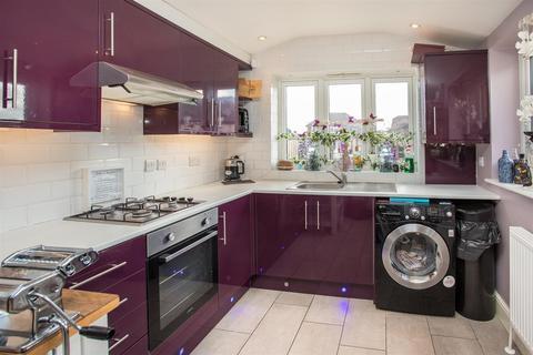 2 bedroom cottage for sale - Aylesbury Road, Bierton, Aylesbury