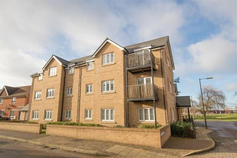 2 bedroom flat for sale - Barland Way, Aylesbury