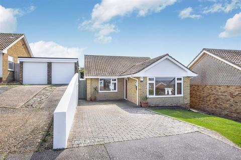 3 bedroom detached bungalow for sale - Hanover Close, Seaford