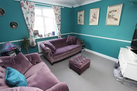 3 bedroom semi-detached house for sale - Kingston Road, Freemantle, Southampton, SO15