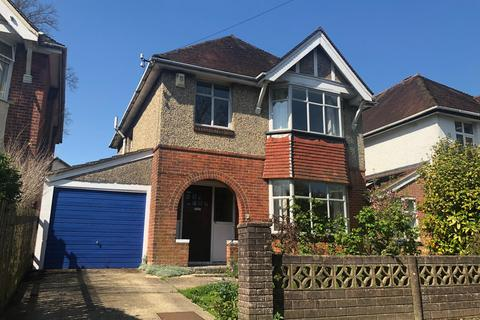 3 bedroom house to rent - Banister Park  Banister Gardens  UNFURNISHED