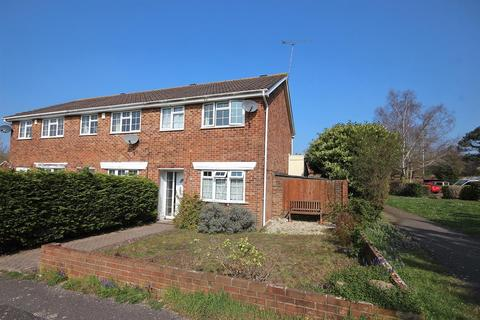3 bedroom end of terrace house for sale - Pimpern Close, Canford Heath, Poole