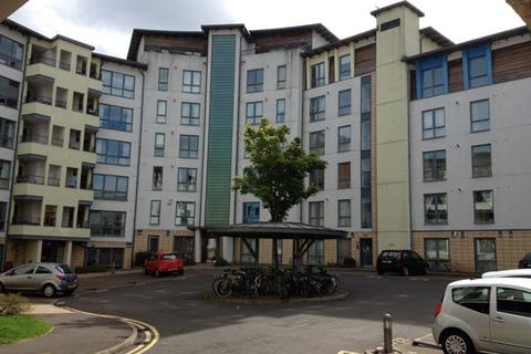 3 bedroom flat to rent - Coburg Street, Leith, Edinburgh, EH6 6HL