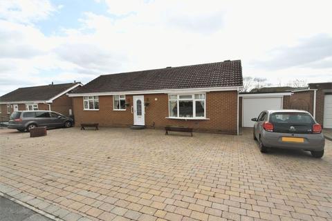 3 bedroom detached bungalow for sale - Martham Close, Elm Tree, Stockton, TS19 0XG