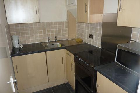2 bedroom flat to rent - 2C Arundel Street, Mossley