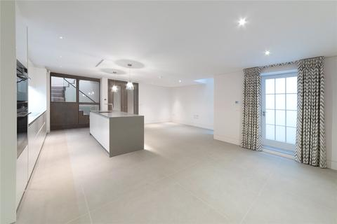 3 bedroom character property to rent - Cadogan Lane, Sloane Square, London, SW1X