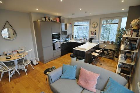 2 bedroom apartment to rent - Kenham House, Wilder Street, Bristol, BS2