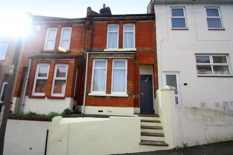 3 bedroom terraced house for sale - Cecil Road, Rochester