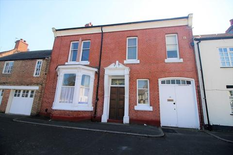 4 bedroom terraced house for sale - The Green, Norton