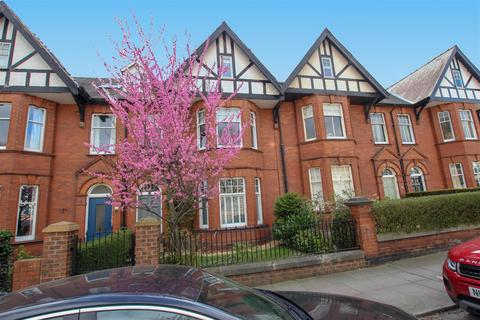 6 bedroom townhouse for sale - Abbey Road, Darlington