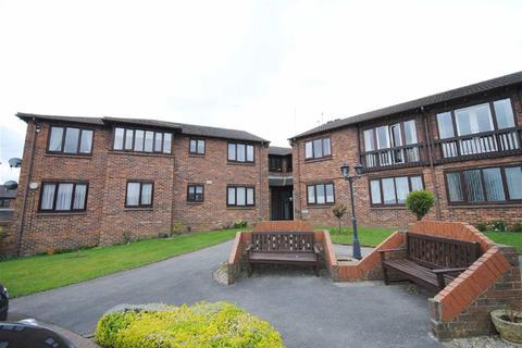 1 bedroom retirement property for sale - Woodlands Court, Kippax, Leeds, LS25