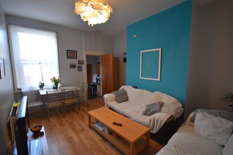 5 bedroom maisonette to rent - Gateshead