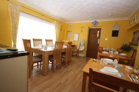 Guest house for sale - Agate Road, Clacton-On-Sea