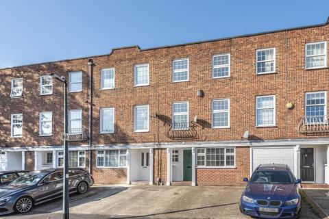 4 bedroom townhouse to rent - Maidenhead,  Berkshire,  SL6