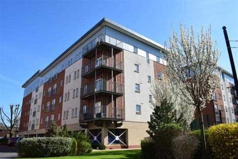 2 bedroom apartment to rent - Platt House, 5 Elmira Way, Salford