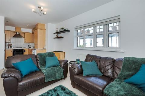 2 bedroom apartment for sale - Moorside Road, Swinton, Manchester, M27 0HH