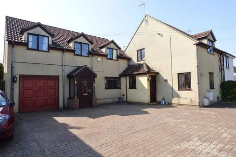 7 bedroom cottage for sale - Down Road, Winterbourne Down