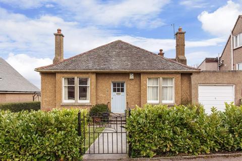 4 bedroom bungalow for sale - 1 Redford Loan, Edinburgh EH13 0AY