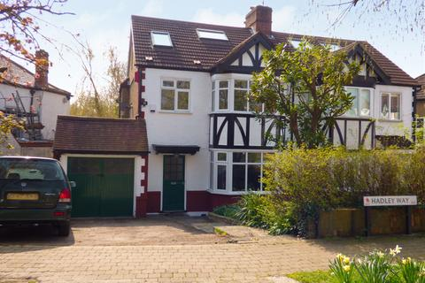 4 bedroom semi-detached house to rent - Hadley Road, Winchmore Hill, London, N21