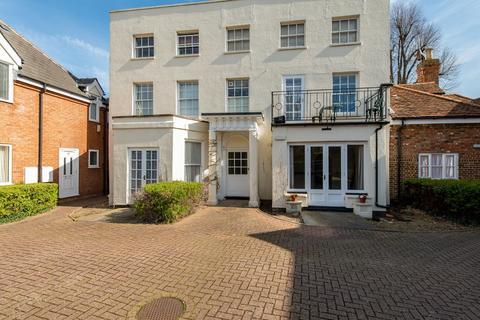 Studio for sale - Dashwood Road, Gravesend