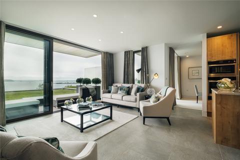 3 bedroom flat for sale - The Landing, 336 Sandbanks Road, Poole, Dorset, BH14