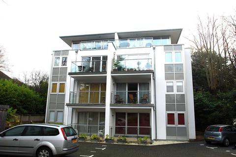 2 bedroom flat to rent - Chine Crescent Road, West Cliff, Bournemouth