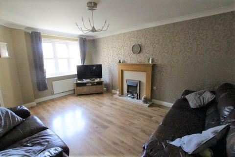 3 bedroom end of terrace house for sale - Greenfield View, Batley