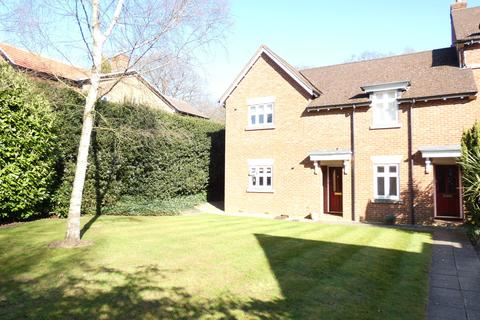 2 bedroom apartment to rent - Thornhill Court, Thornhill Road