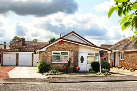 3 bedroom detached bungalow for sale - Kedleston Close, Whitehouse Farm