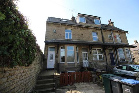 2 bedroom terraced house to rent - The Grove, Idle, Bradford