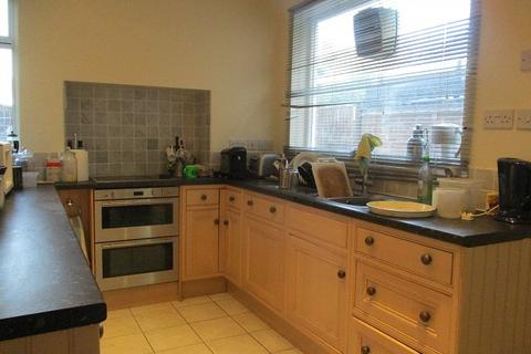1 bedroom house to rent - Room, Wollaton Road, Wollaton, NG8 1GN