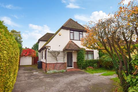 4 bedroom detached house for sale - Cambridge Avenue, Burnham, SL1