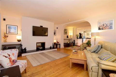 2 bedroom apartment for sale - Marine Parade, Brighton, East Sussex