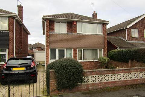 3 bedroom detached house for sale - Ravendale Road, Gainsborough, DN21 1XA