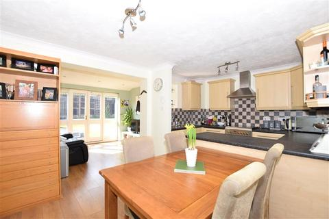 3 bedroom semi-detached house for sale - Longfields Drive, Bearsted, Maidstone, Kent