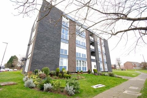2 bedroom flat for sale - St Keverne Square, Kenton